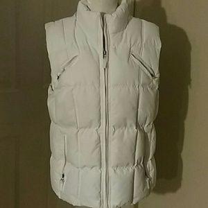 Womens puffed vest